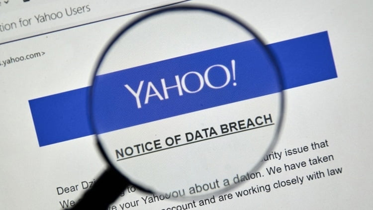 Yahoo! warns its users about a wave of attacks.