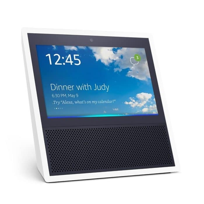 Amazon Echo Show, a newcomer in Echo family